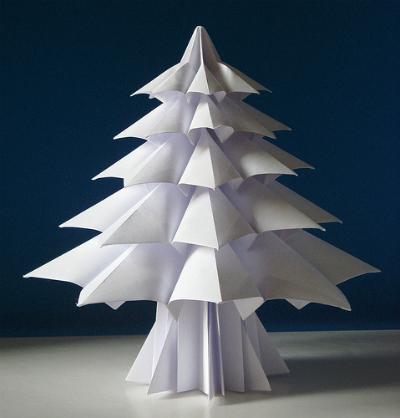 Ёлочка из бумаги в технике оригами