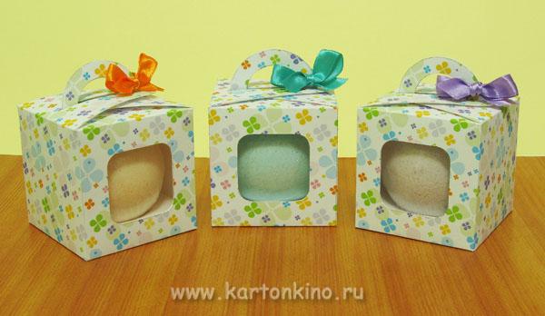 Подарочная коробочка с окошком