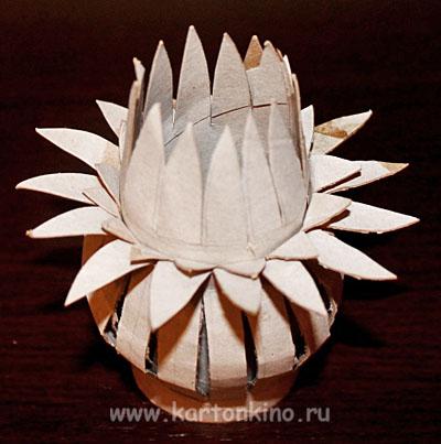 kartonnaya-elka-15
