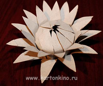kartonnaya-elka-18